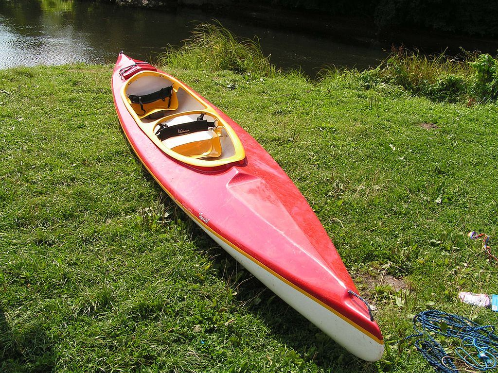 Kayak rental in Blankaholm