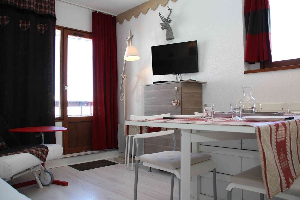 2 Room 4 Pers ski-in ski-out / NECOU 305