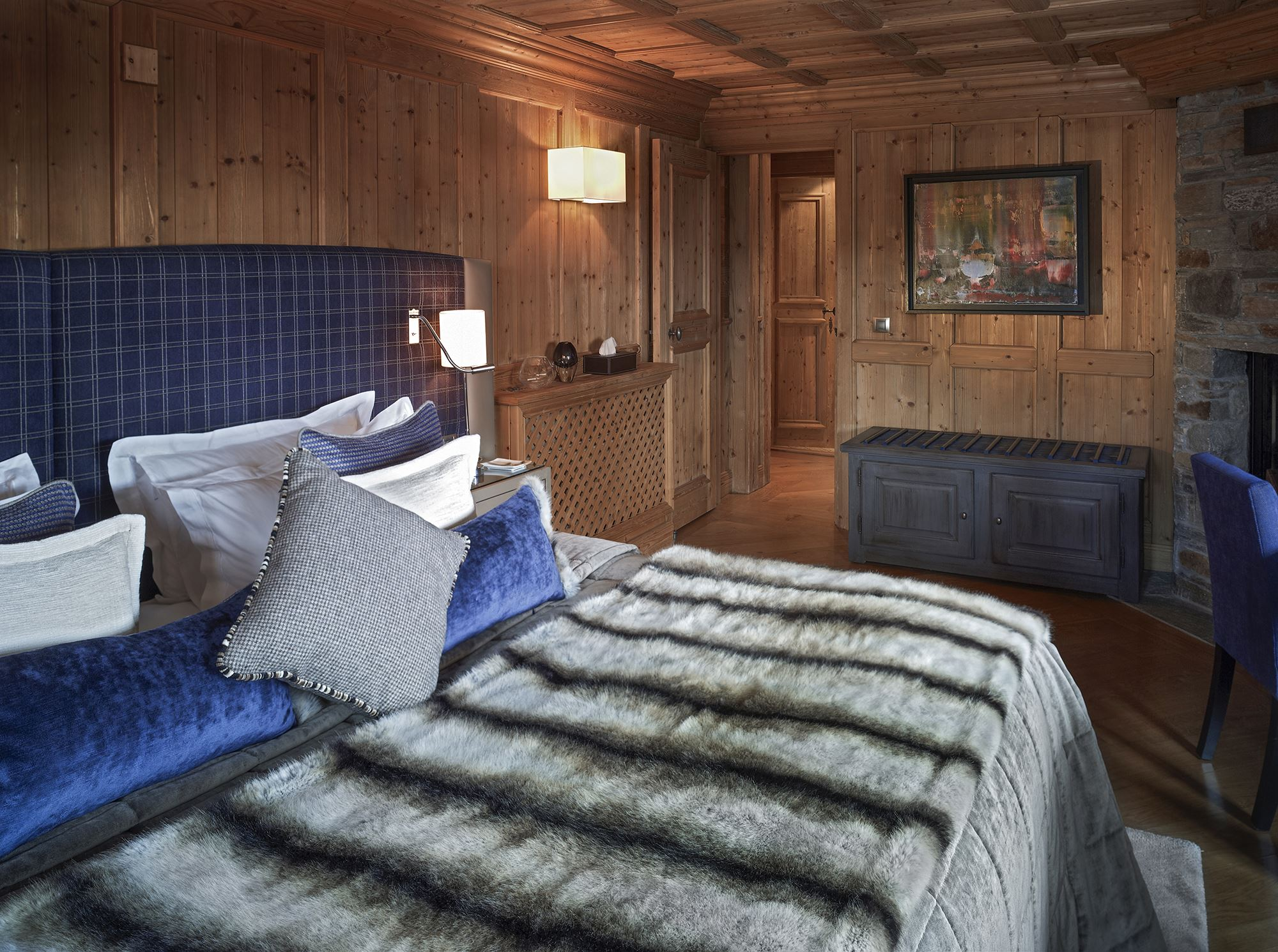 6 rooms 10 people ski-in ski-out / CHALET LES SORBIERS (mountain of exception)