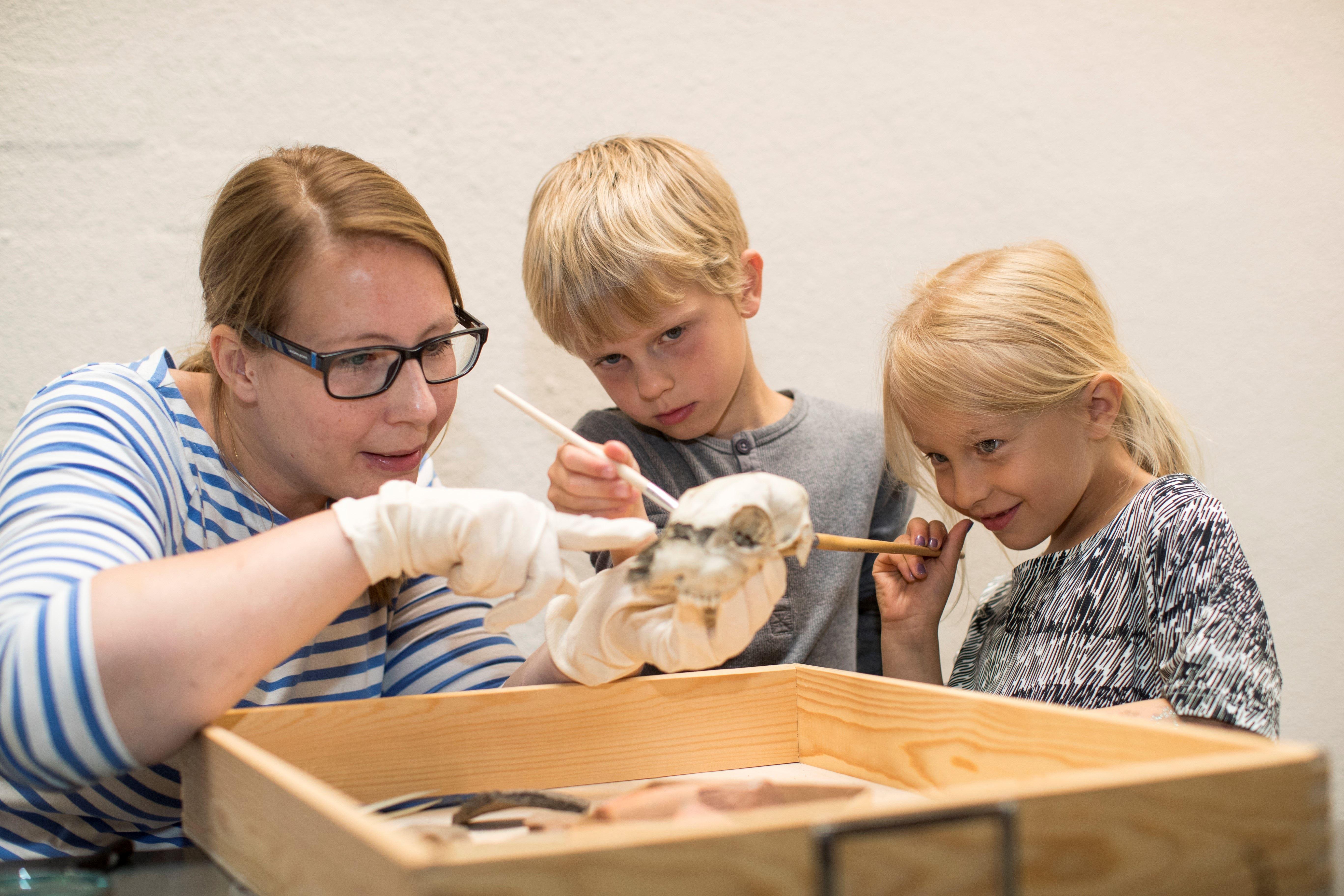 Arkeolog för en dag - höstlovsprogram på Ålands kulturhistoriska museum