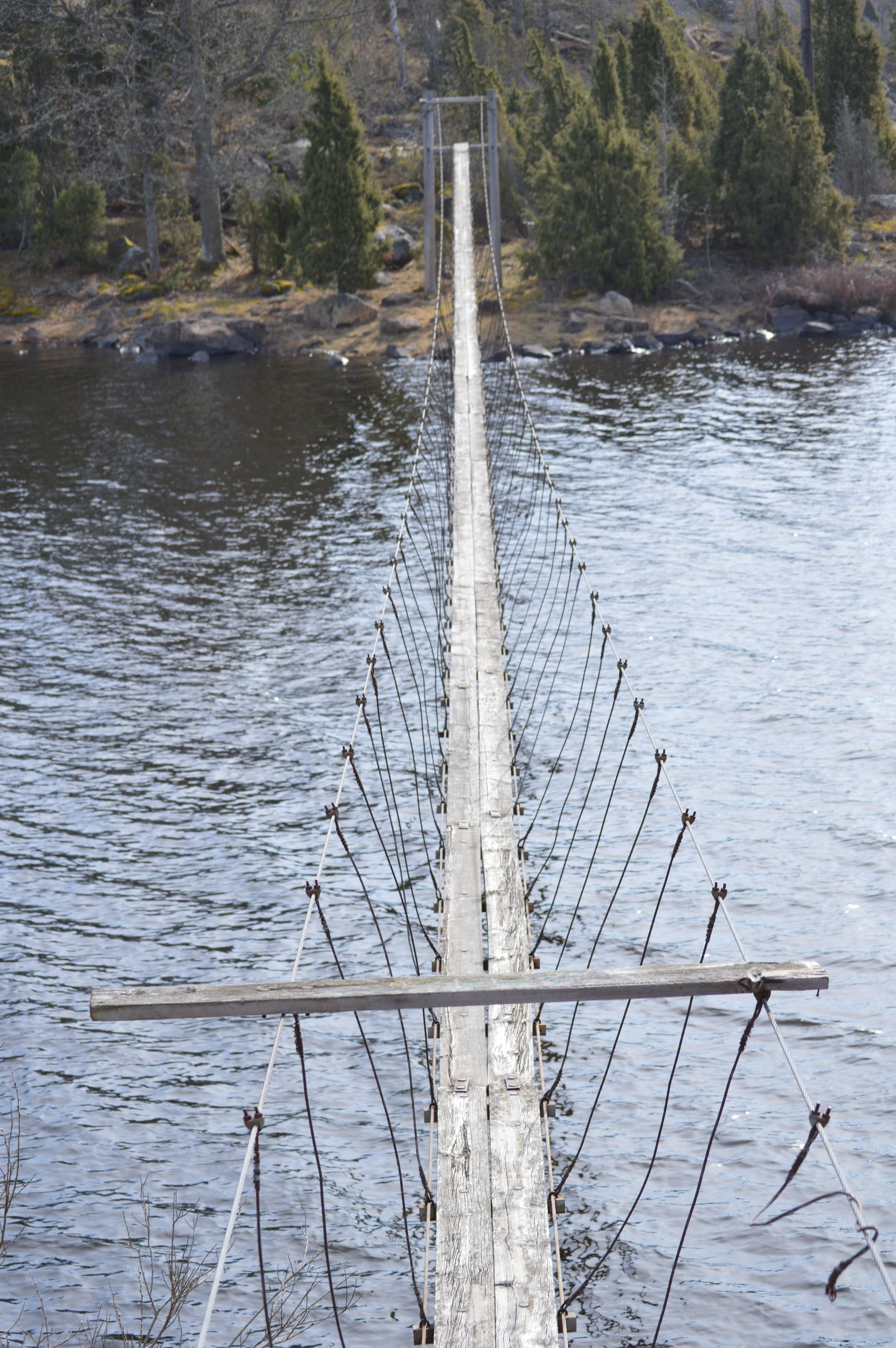 Cable bridge in Solstadström