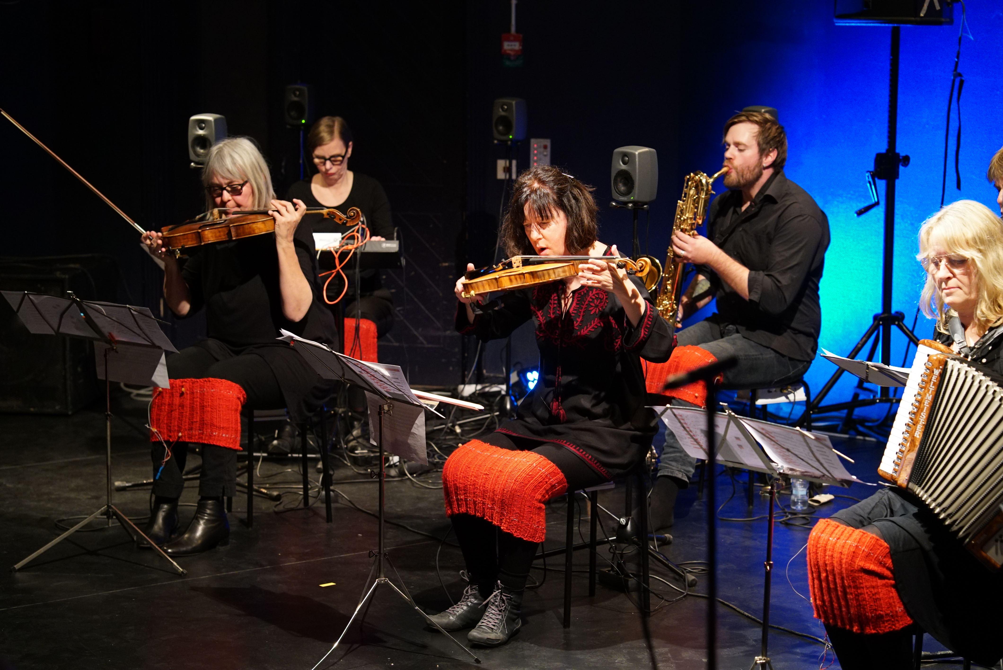 Barriärorkestern @ Vardagsrummet