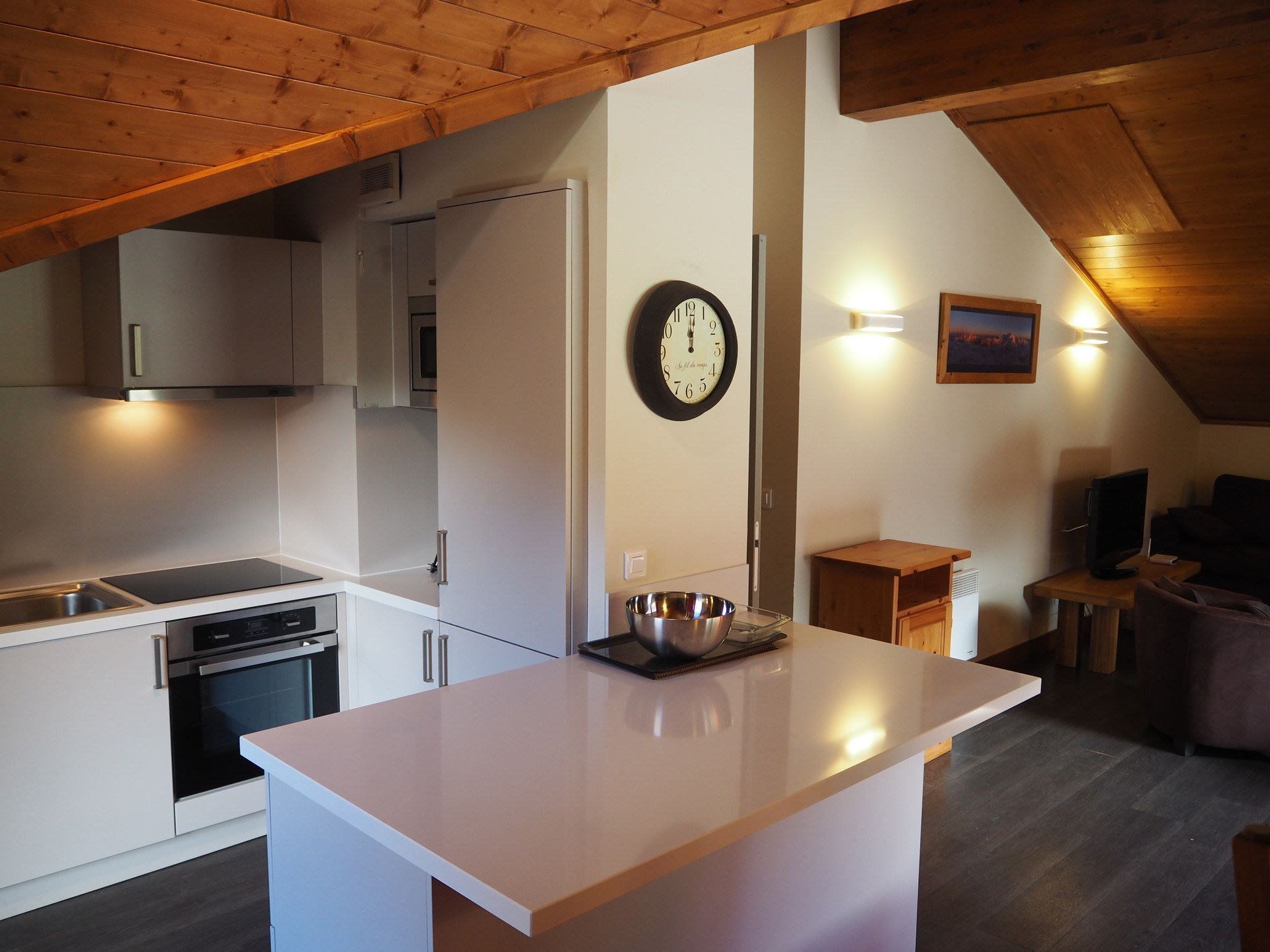 4 Rooms 10 Pers ski-in ski-out / LES CRISTAUX 28