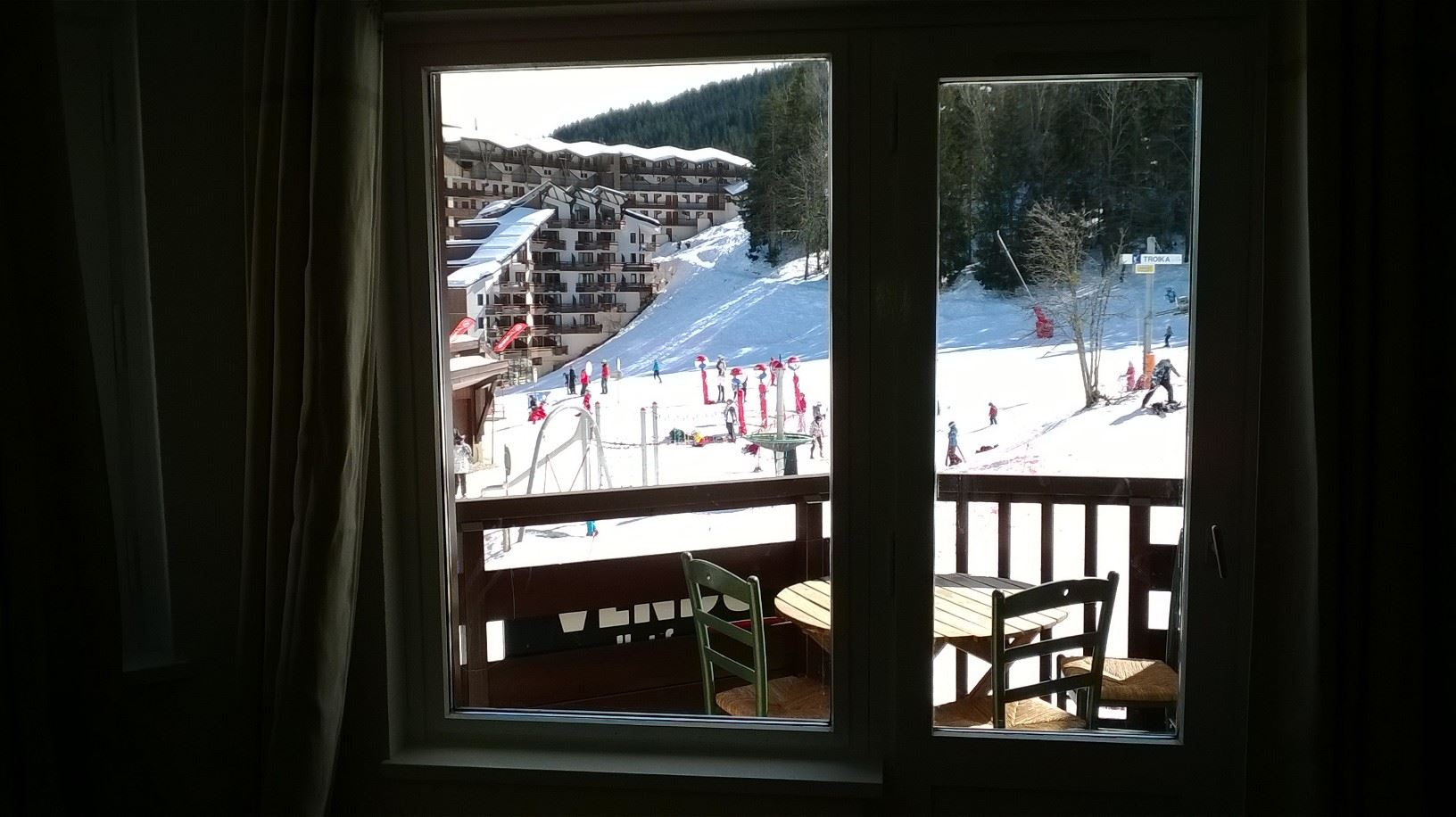 2 rooms 4 people ski-in ski-out / KALINKA 110 (mountain)