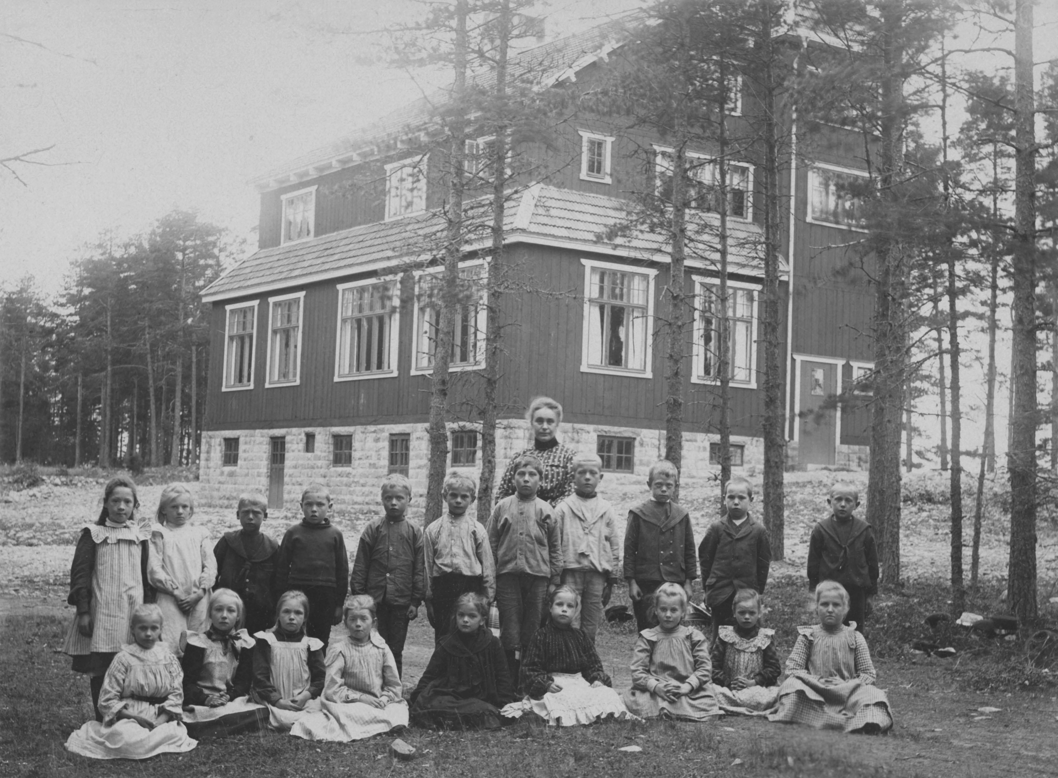Norrmalms Fotografiatelier, Stockholm, Mackmyra skola. ca 1905.