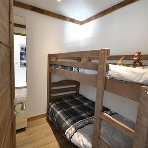 2 pièces cabine 4 personnes (2 adultes - 2 enfants) skis aux pieds / RESIDENCE 1650 7R (Montagne de Charme)