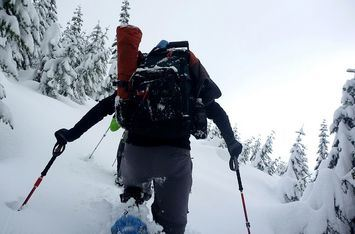 Guided snow shoe trip for groups | Fenix Ohjelmapalvelut