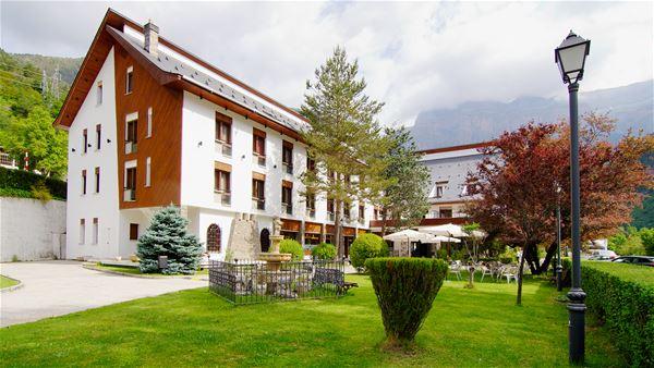 © /, HPH141 - Hôtel 4* avec spa