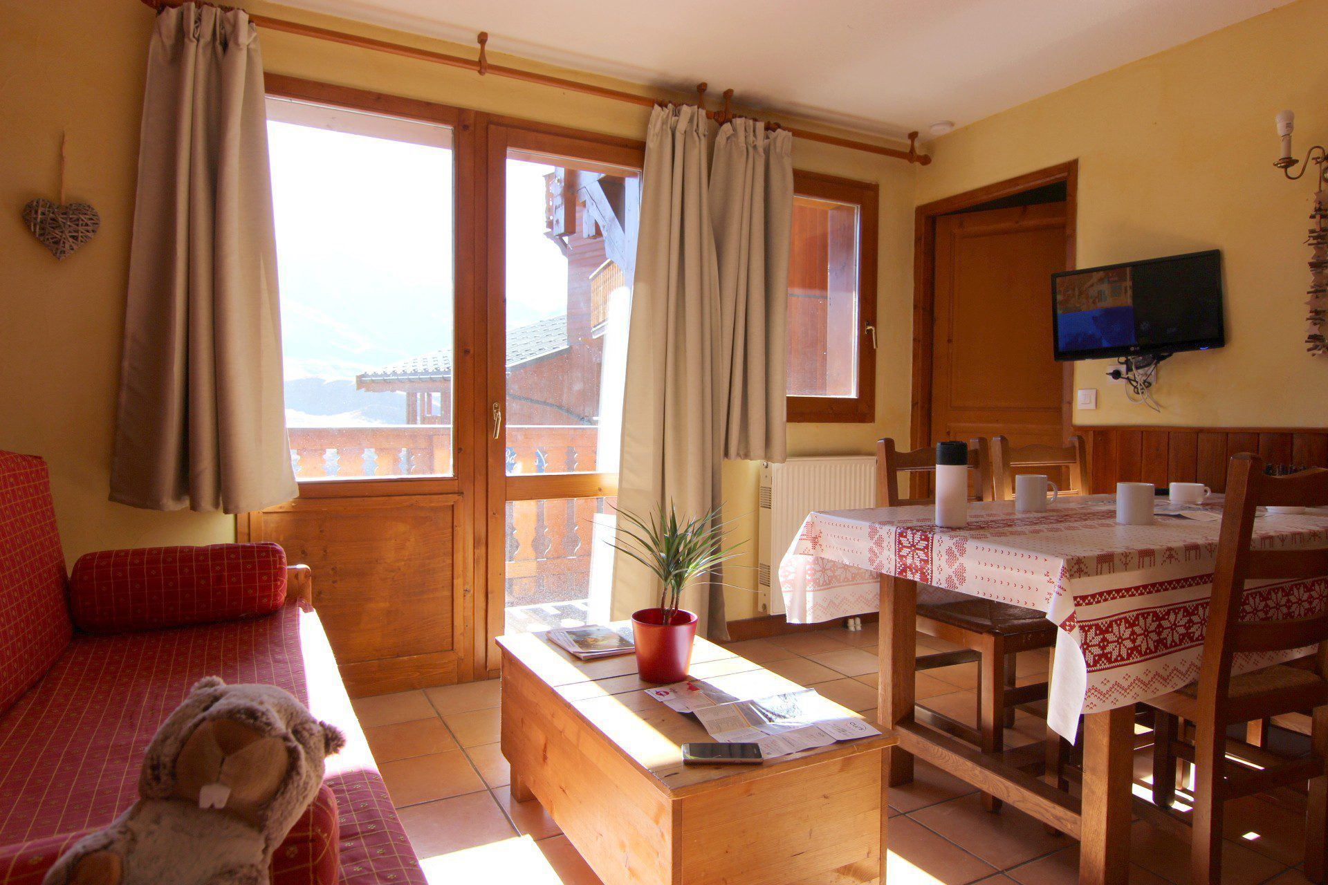 CHALET 6 QUARTIER BALCONS 646 / 2 ROOMS 4 PERSONS - 3 SILVER SNOWFLAKES - VTI