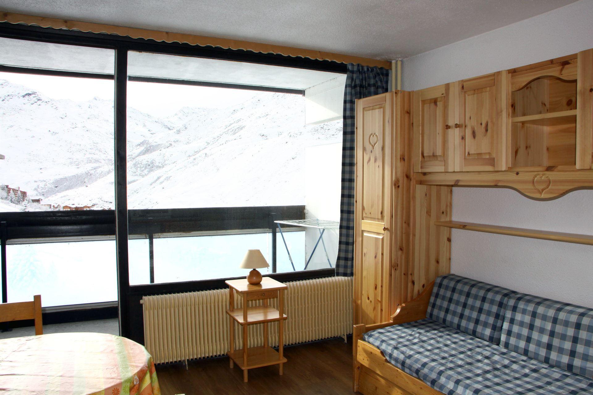 Studio 2 Pers skis aux pieds / DORONS 602