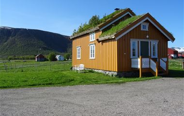 The Yellow house,Lovik, Andøy,Vesterålen