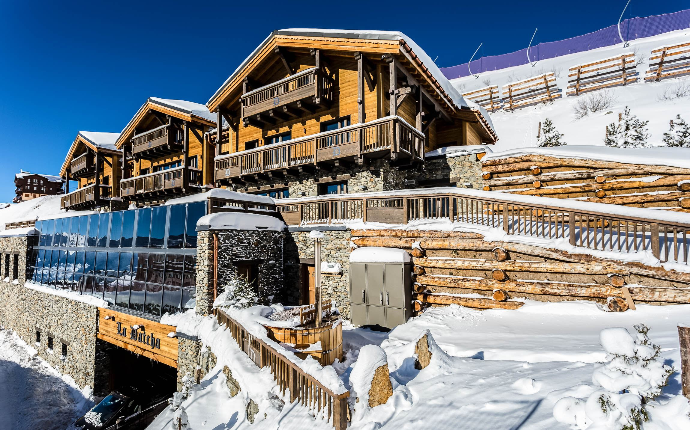 EXCEPTIONAL: LUXURY GUEST CHALET LA DATCHA - PRIVATE CHALET - 1200 m² - 15 persons