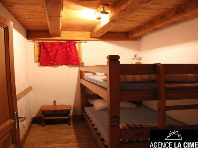 CHALET LES TROLLES 1 / APARTMENT 4 ROOMS - 8 PERSONS - 3 SILVER SNOWFLAKES - CI