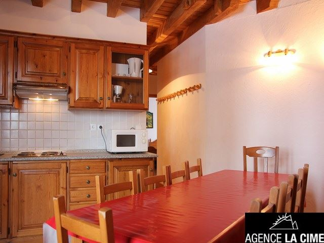 CHALET LES TROLLES 3 - APARTMENT 6 ROOMS - 10 PERSONS - 3 SILVER SNOWFLAKES - CI