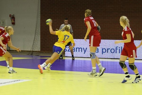 Landskamp i damhandboll Sverige-Danmark