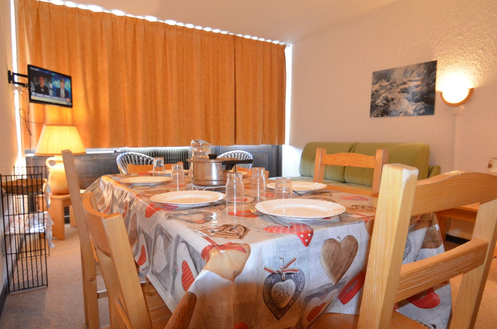 2 Rooms 6 Pers ski-in ski-out / ARAVIS 318
