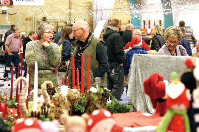 Julemarked i Holeby Hallen
