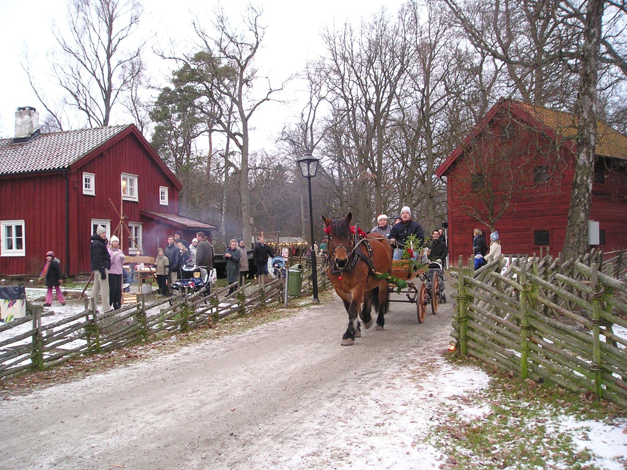 Julmarknad i Apladalen 10 december kl 14-18