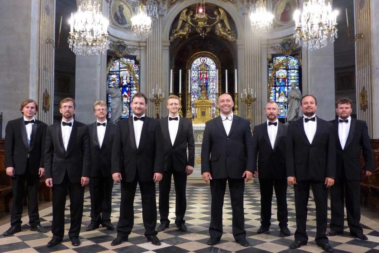 """Concert de choeur d'hommes""""un Noël basque un Noël russe"""""""