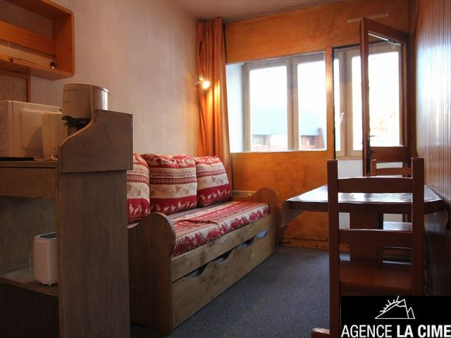 ARCELLE 214 / STUDIO - 3 PERSONS - CI