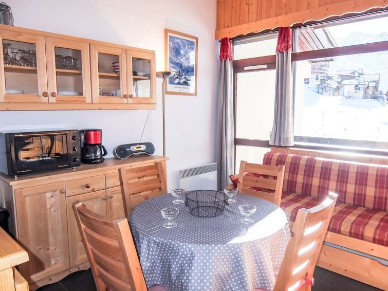 2 Room + Cabin 6 Pers 50m from the slopes / ASTERS B4 1208