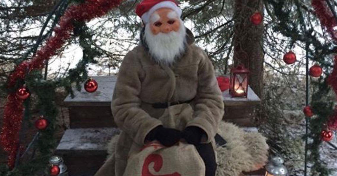 Jul i äventyrsskogen
