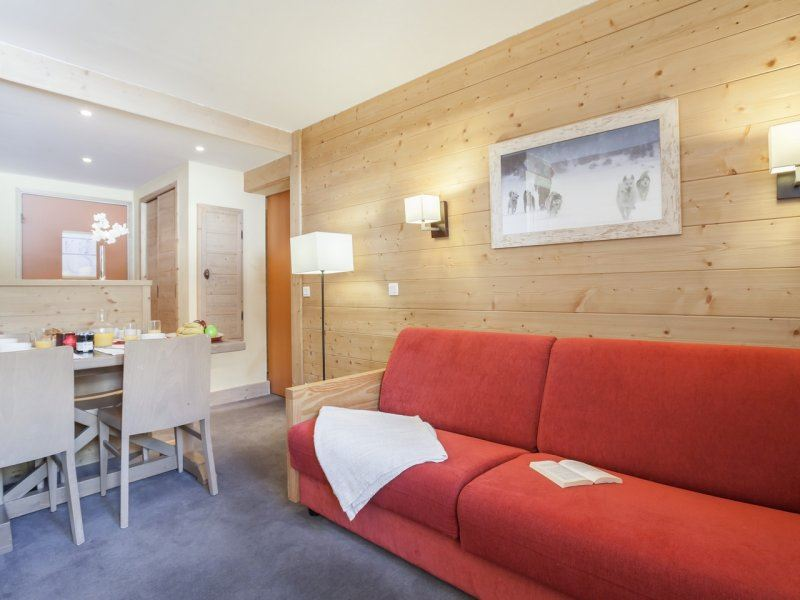 2 Room 4 Pers ski-in ski-out / Aconit 104