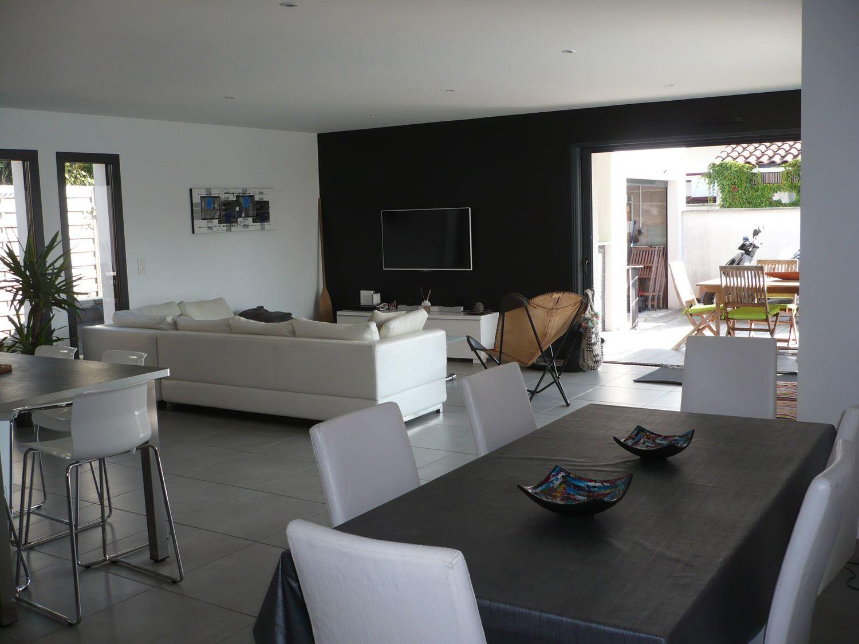 Villa Le Franc - Ref : ANG2315