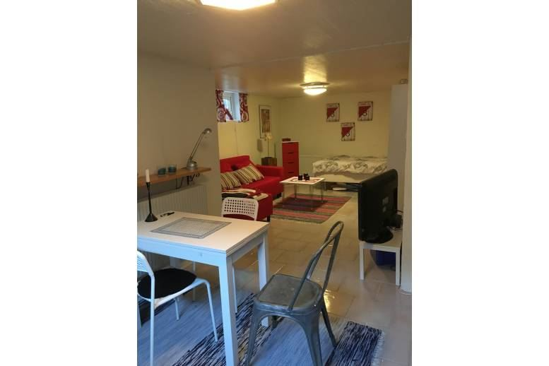 Halmstad - Cozy basement apartment for rent during the World Cup