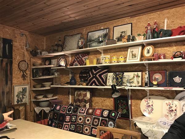 Ledja - flea market, yarn & embroidery