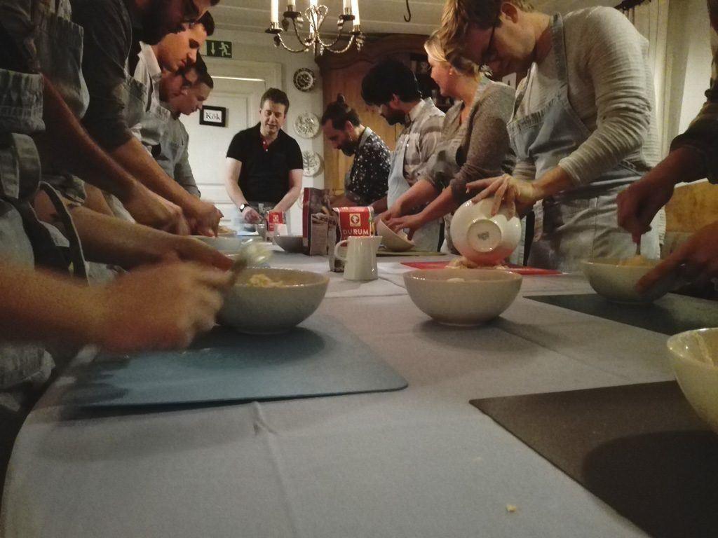 Italiensk matlagningskurs på Frägsta Hälsingegård