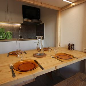 VANOISE 677 / APPARTEMENT 2 PIECES CABINE 4 PERSONNES - 2 FLOCONS BRONZE - VTI