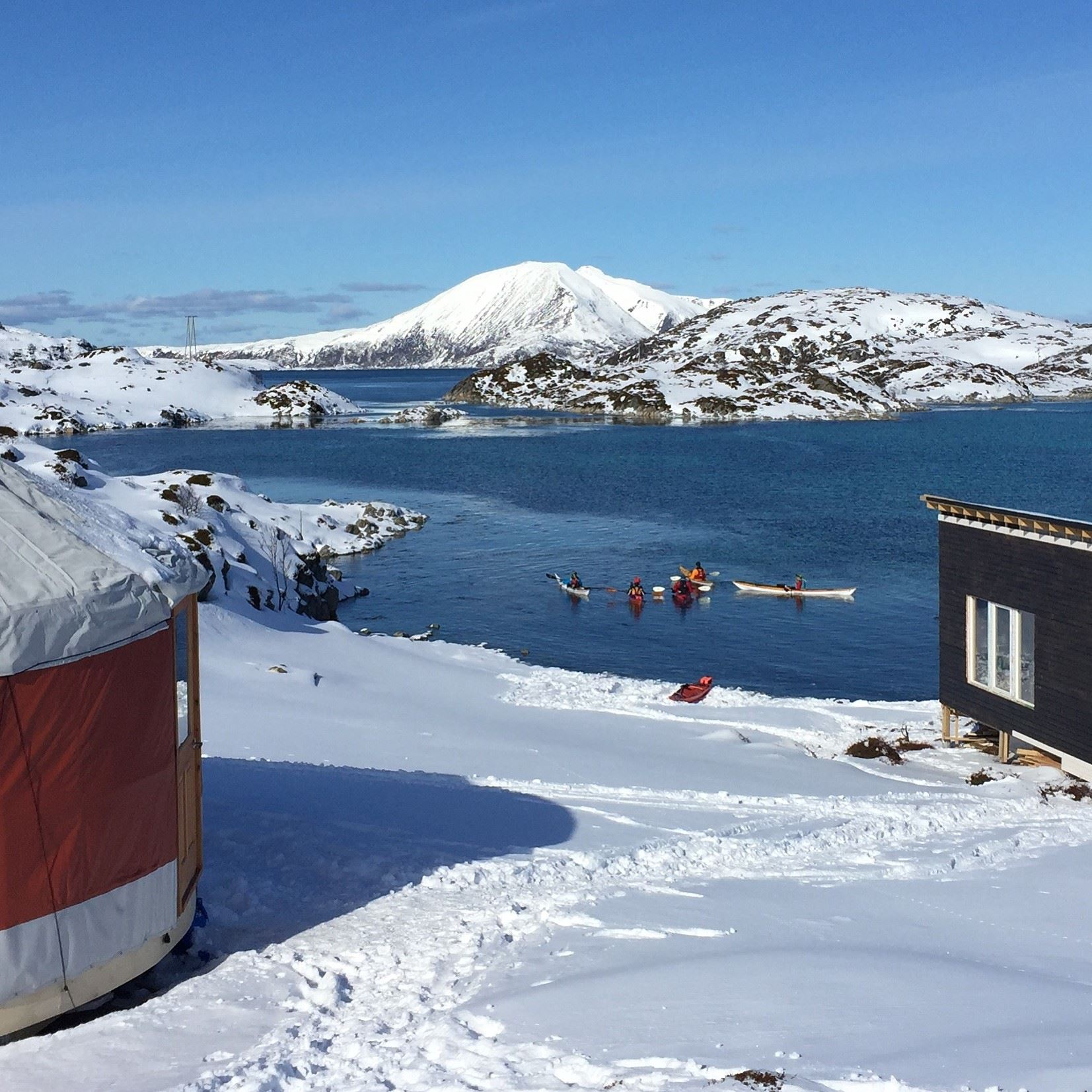24 h Arctic Camp with kayaking - Elements Arctic Camp