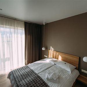 Mikelis Hotel