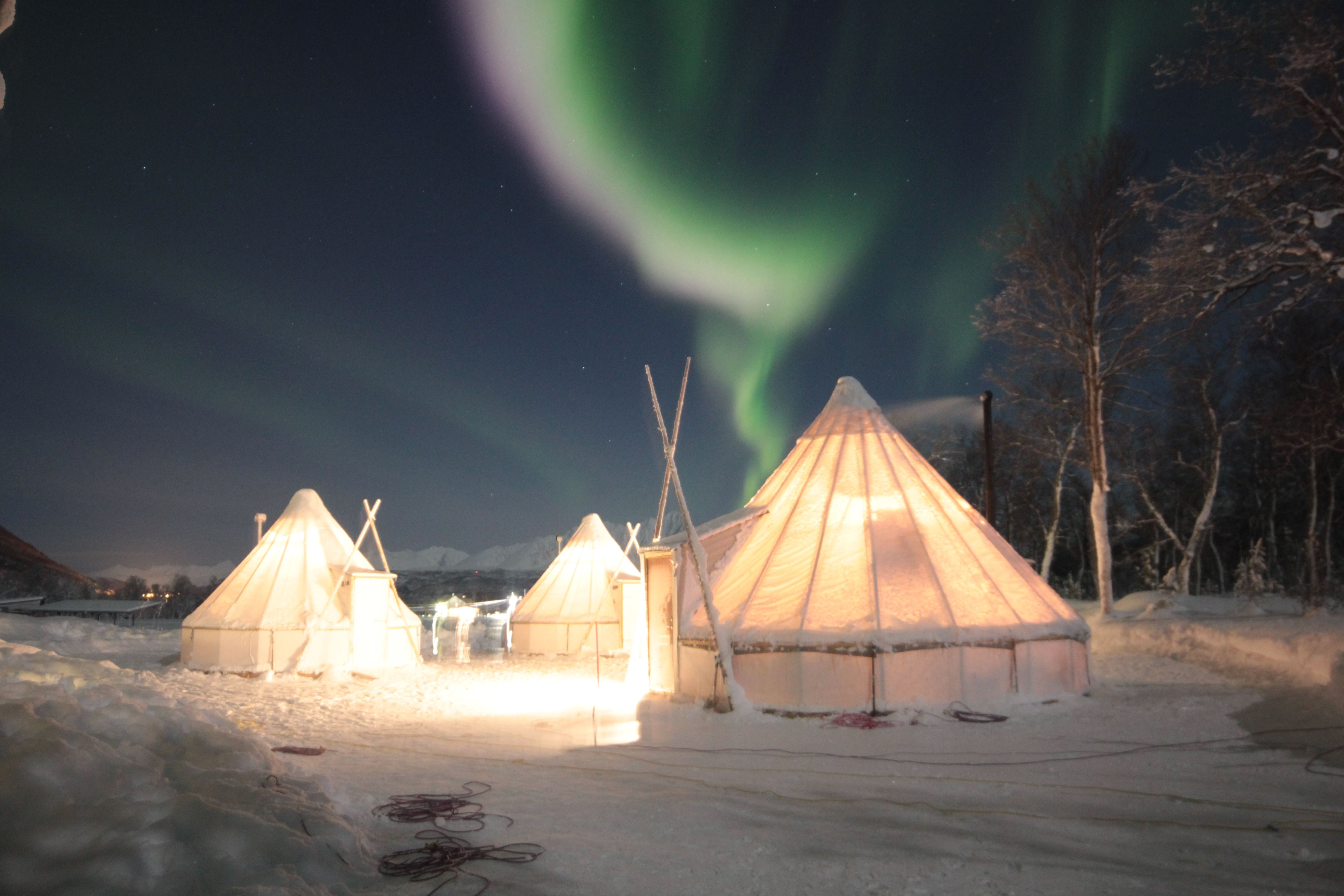 Northern Lights Basecamp – Aurora Alps
