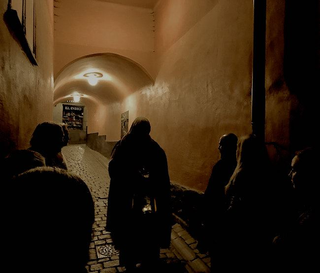 Spökvandring gamla stan sena turen 22:30 - midnatt