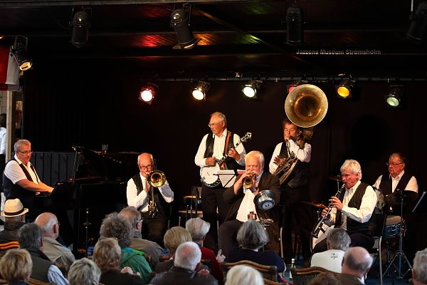 Barfota Jazzmen på Hullsta Gård