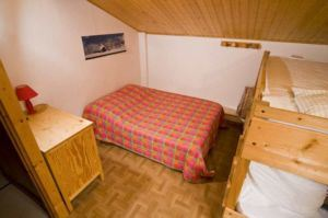 4 rooms, 12 people, ski-in ski-out / Chalet Berger