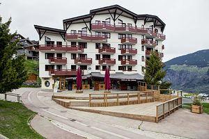 2 rooms, 4 people ski-in ski-out / Britania 602