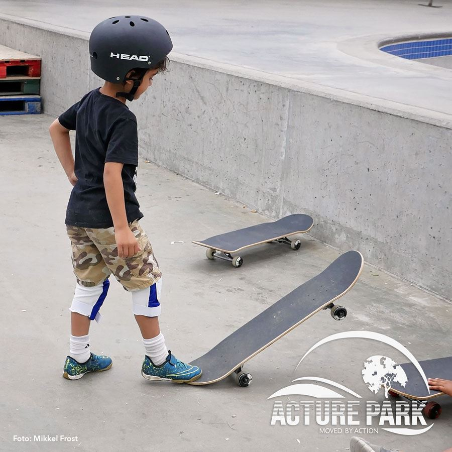 Skateboard School Step 1 – for beginners of all ages