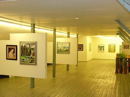 Kesänäyttely | Monipuolinen taidenäyttely - Taidevintin kesänäyttely Vääksyssä