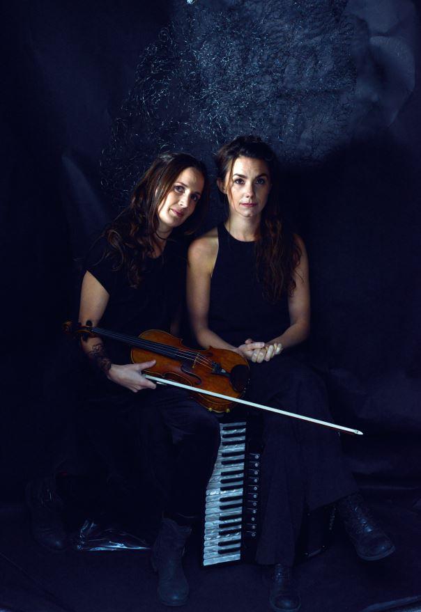 Anna Reet-Gillblad, Musikriket: Lisas