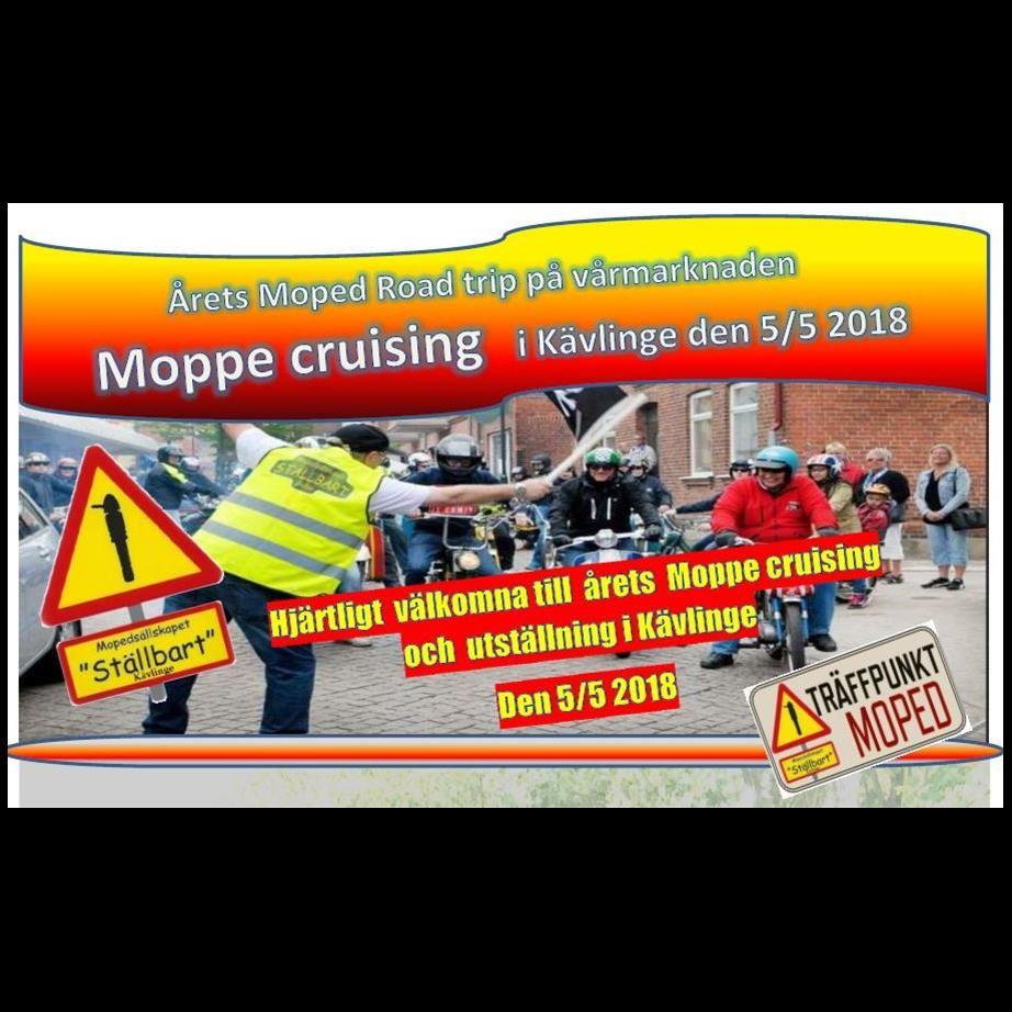 Moped cruising och utställning på vårmarknaden