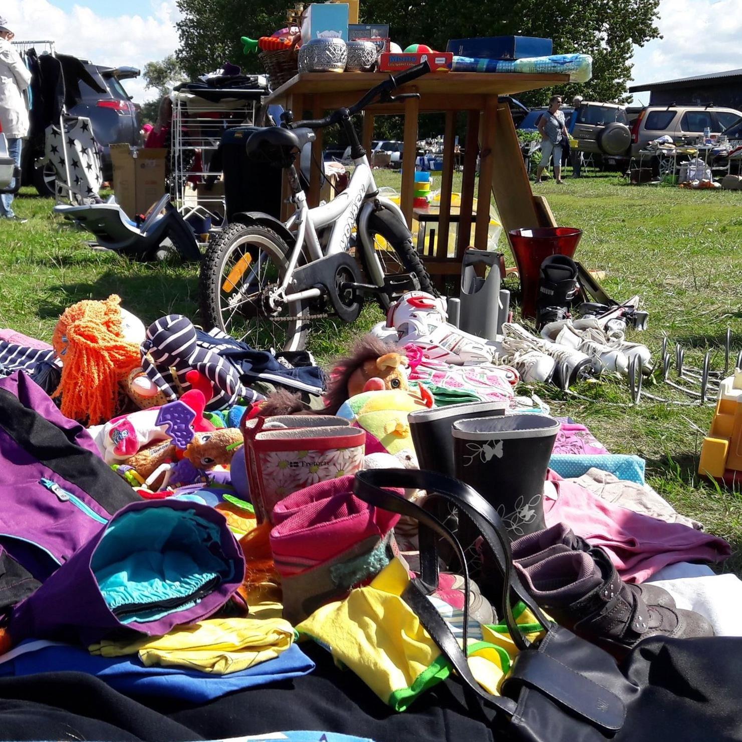 © VikingaTider, Car Boot Sale on Sundays