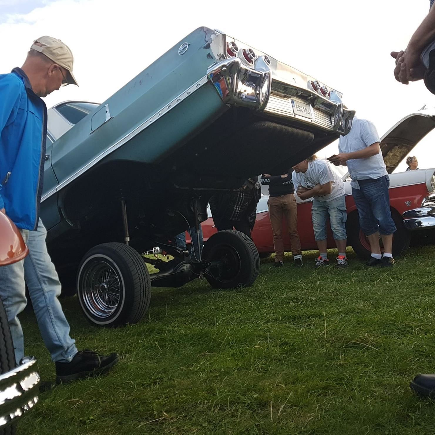 © VikingaTider, Tisdagsträffarna – The biggest car meet in south of Sweden!