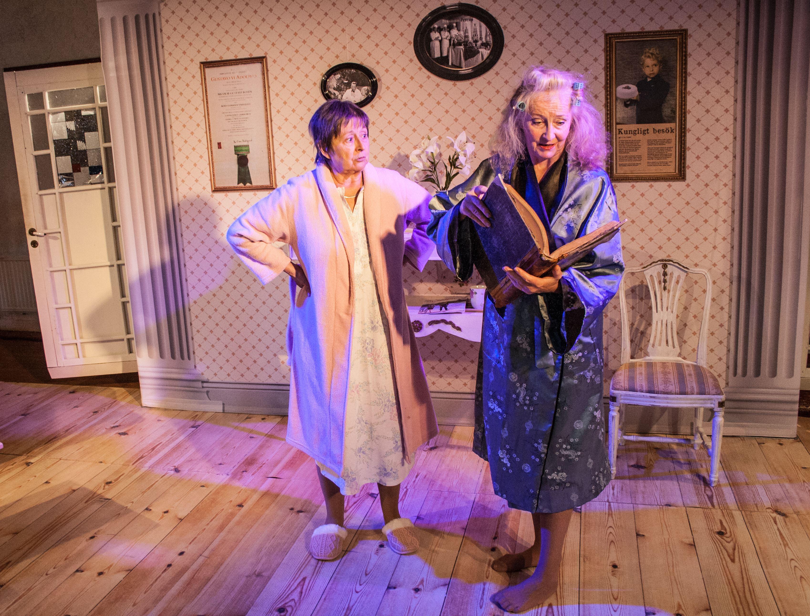 Teater: Två systrar och en begravning