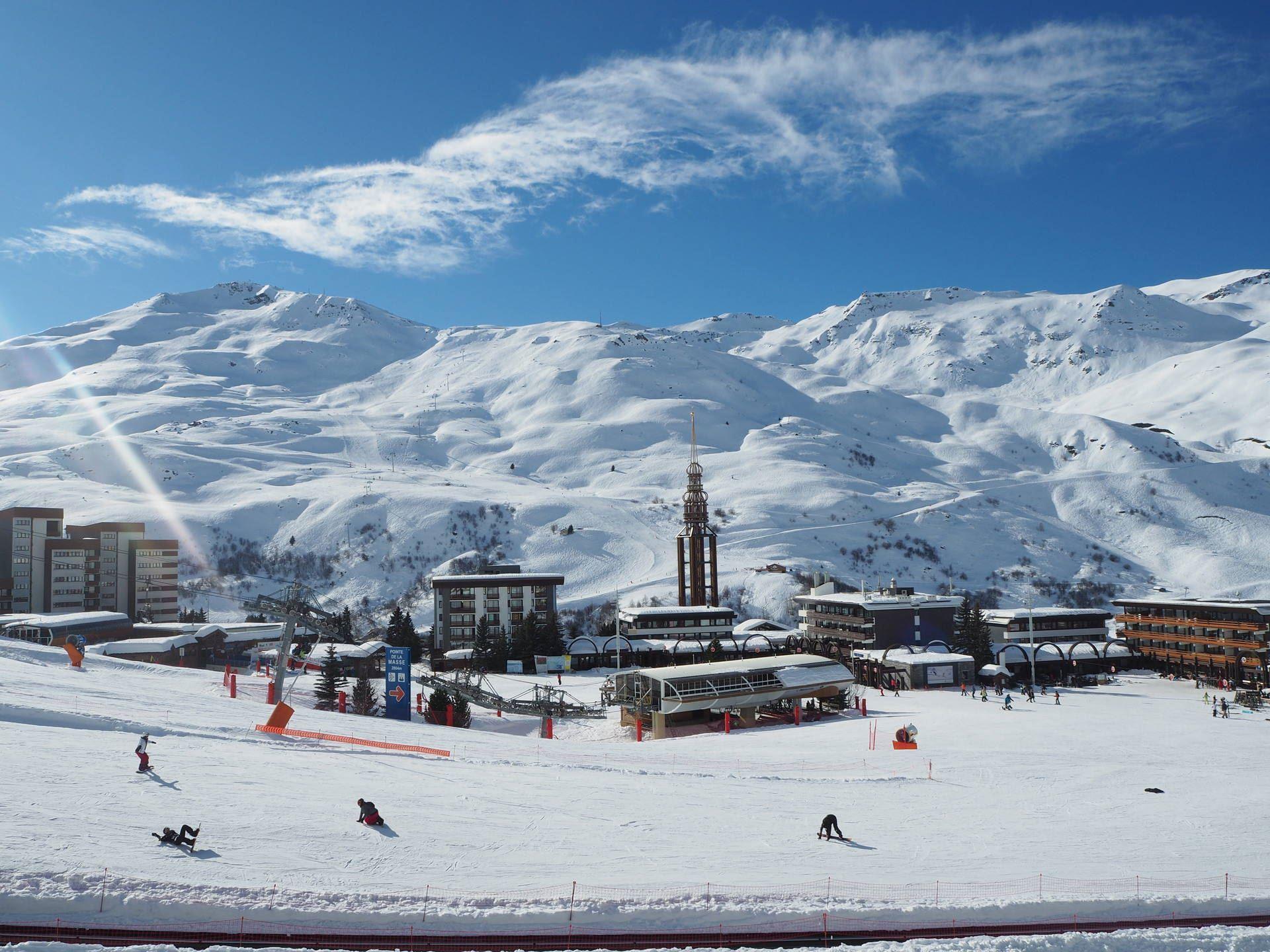 2 Pièces 6 Pers skis aux pieds / ARAVIS 517