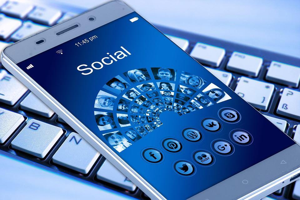 Lär dig om sociala medier - drop in