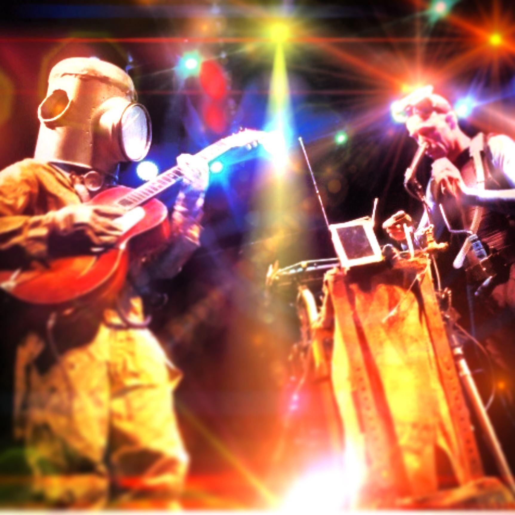 Musik: Vattenmannen och Speed: Den stora skräpshowen