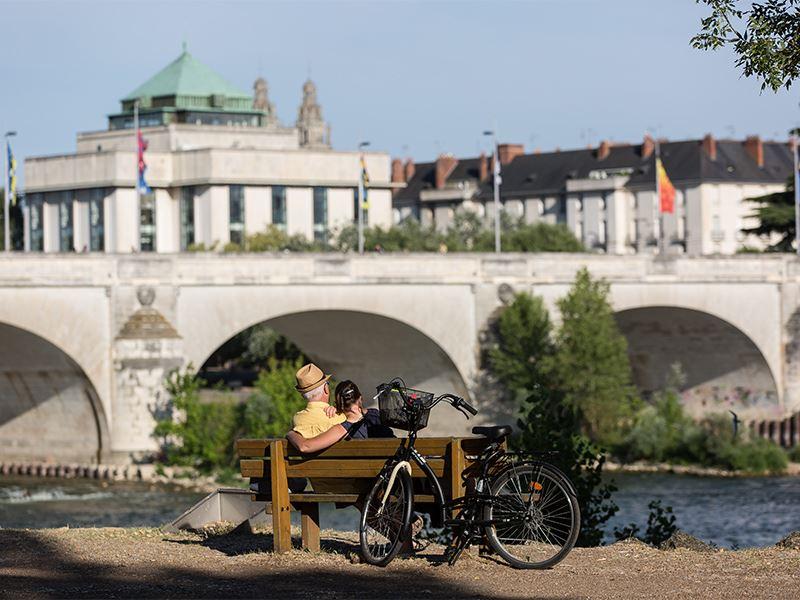 Tours à vélo : De Tours à Rochecorbon